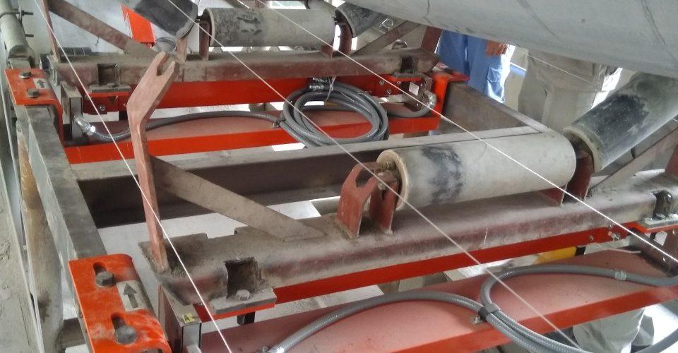 Lắp đặt Cân băng tải 3 giường cân tại nhà máy Xi măng Hoàng Thạch